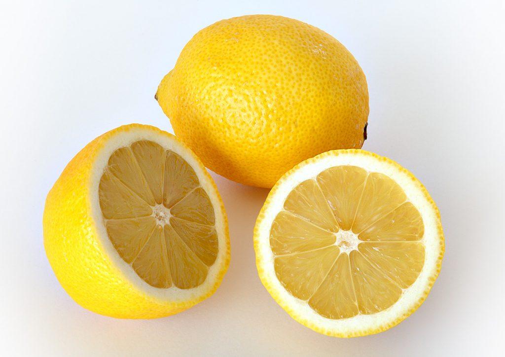 Benefits of Lemon Essential Oils